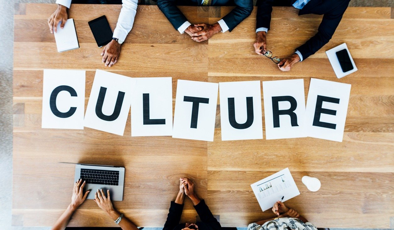 How Outsourcing Your HR Directly Improves Your Company Culture